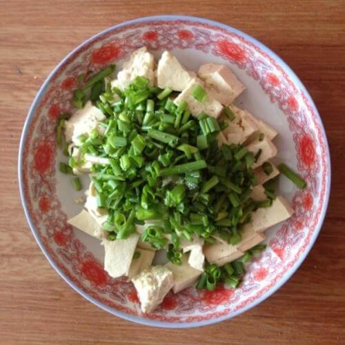 香葱拌豆腐