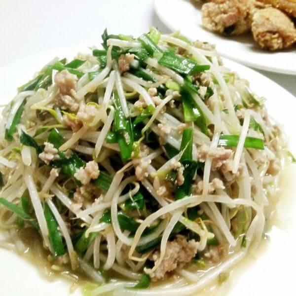 酸菜炒豆芽