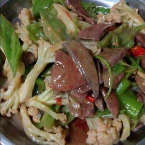 菜花炒猪肝