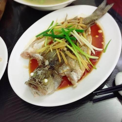 团年菜之清蒸鲈鱼