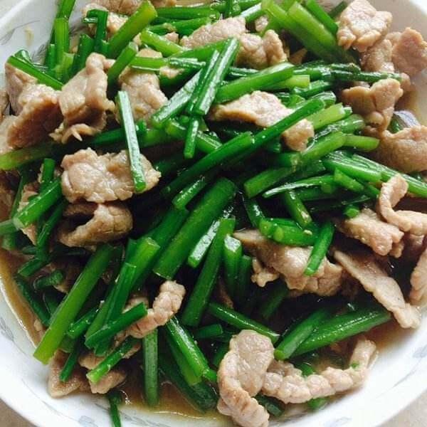 韭菜苔炒牛肉