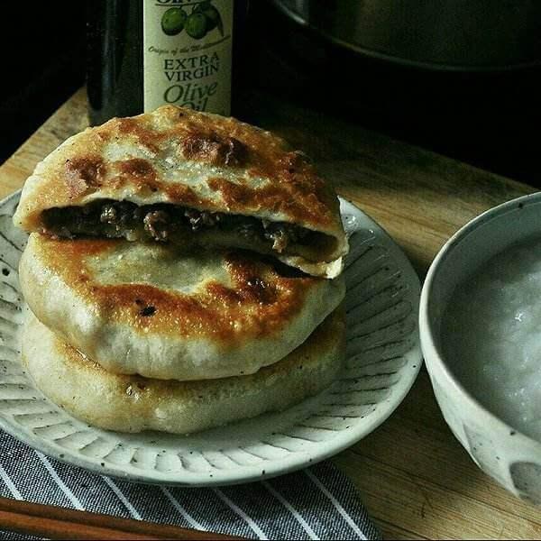 黑椒牛肉饼