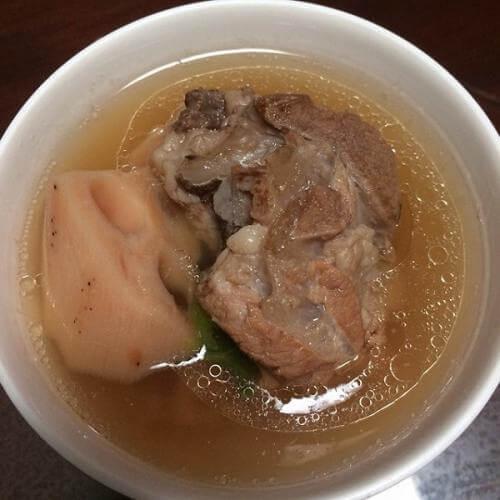 莲藕煲筒骨汤