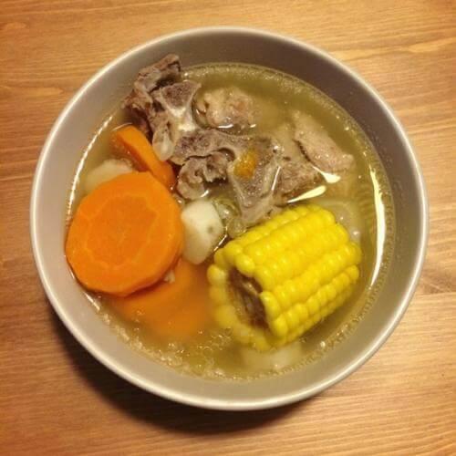 鲜淮山猪骨汤