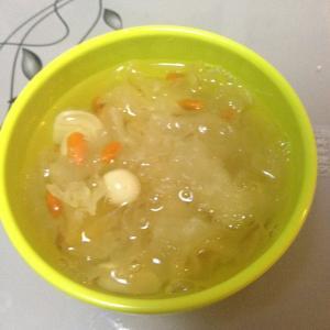 荸荠百合甜汤