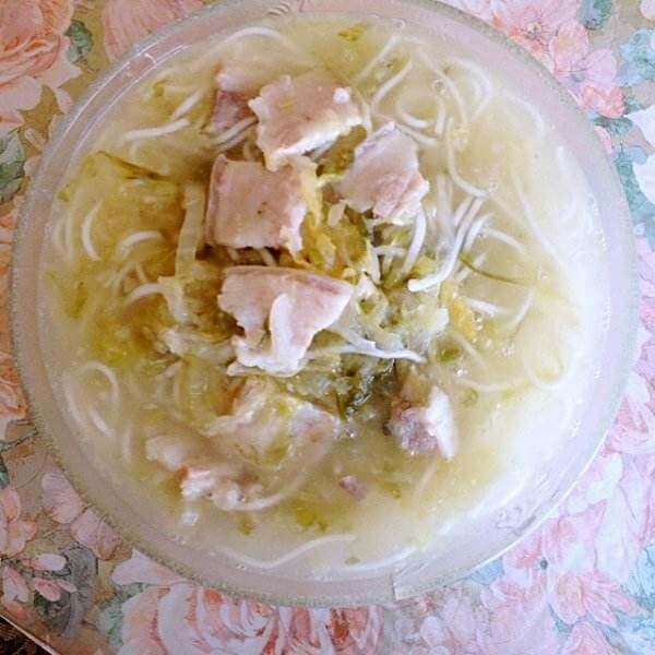 白肉酸菜粉