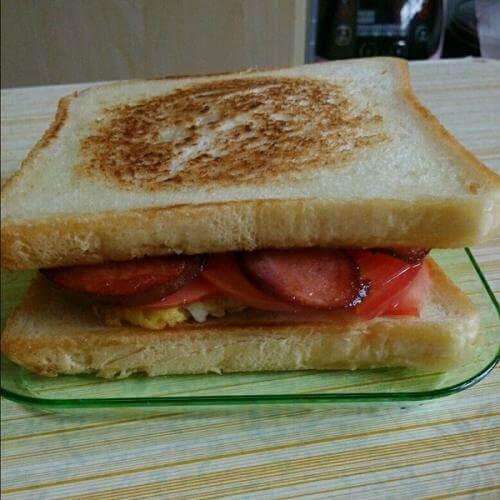 香煎芝士纯鸡肉火腿三明治