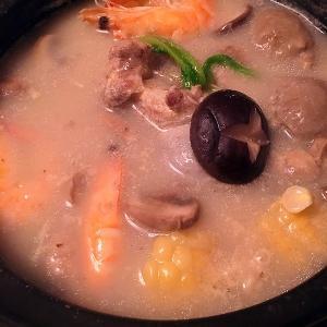 枸杞鲜虾汤