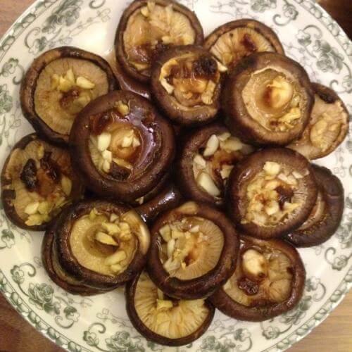 秘制烤香菇