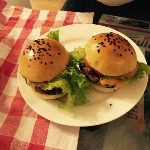 黑胡椒培根汉堡