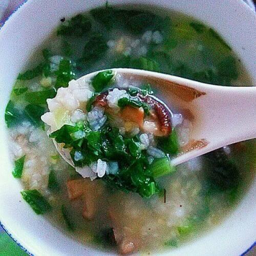 香菇小白菜瘦肉粥