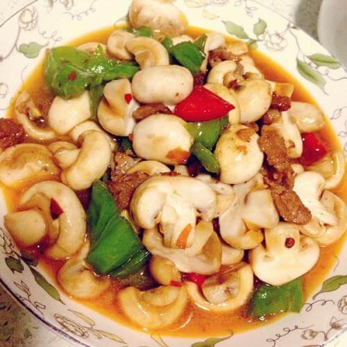 肉片炒蘑菇