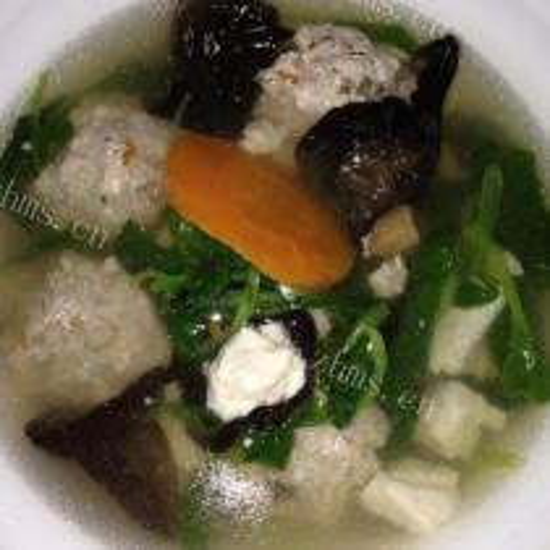 菌茹肉丸汤