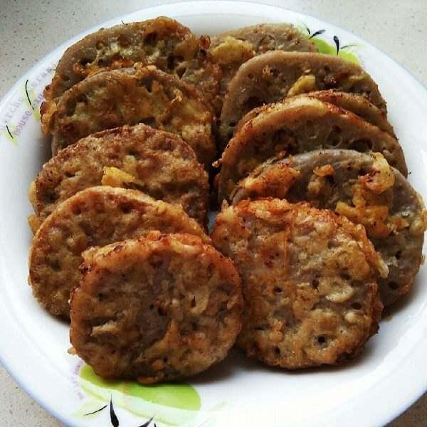 鲁菜金粒藕夹