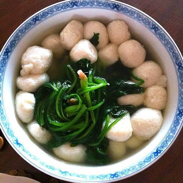 菠菜鱼丸蛋花汤