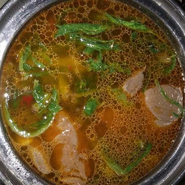 鸭血青菜汤