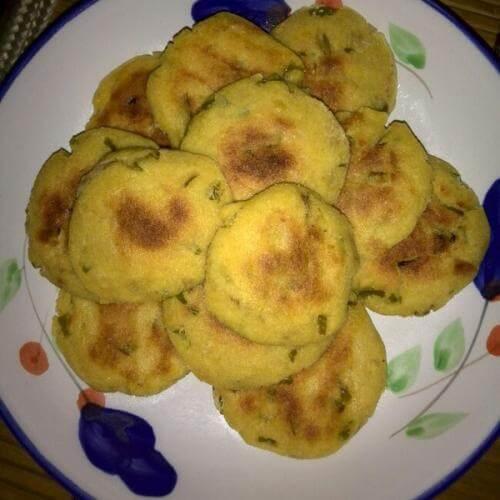 豆渣芹菜饼