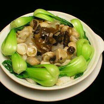 蚝油草菇烩面筋