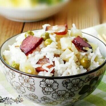 土豆腊肉饭