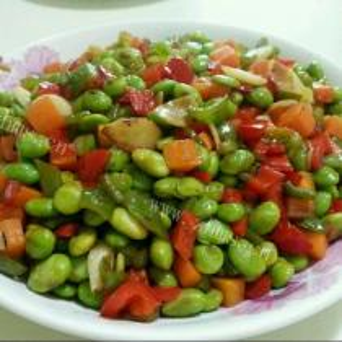 青豆炒萝卜丁