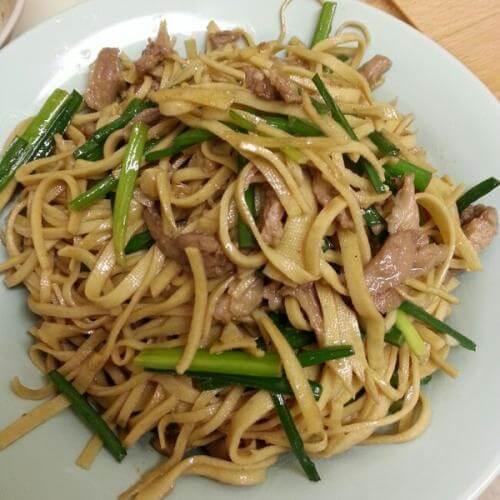 青椒炒熏干豆腐