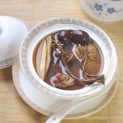 四季保元汤