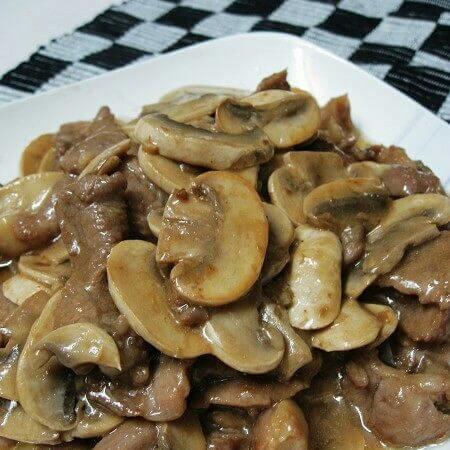 鲜菇滑肉片