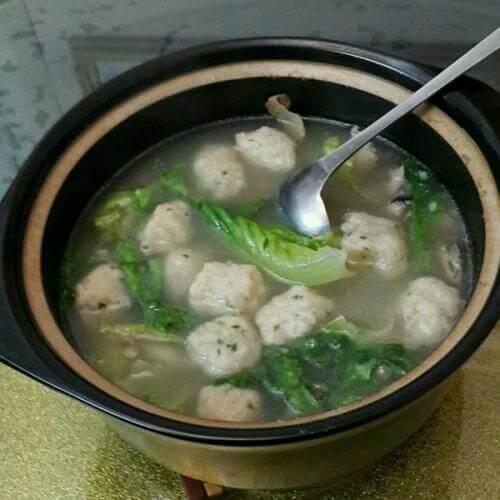 鱼丸生菜汤