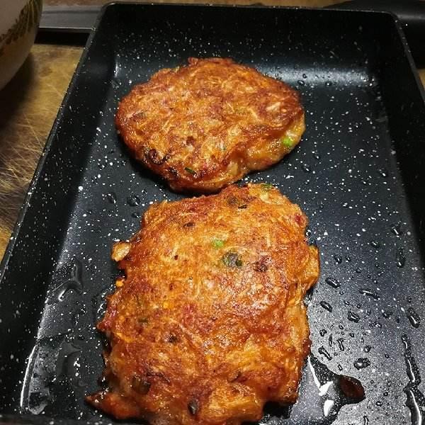 萝卜丝肉饼