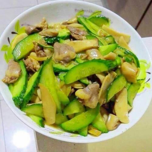 黄瓜片炒鸡心