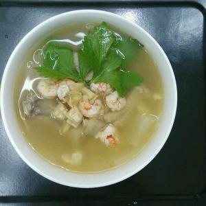 九层塔鲜虾冬瓜汤