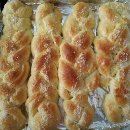 单股辫子面包