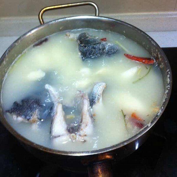 山药黑鱼汤