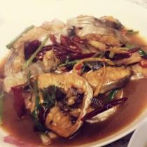 酸菜焖鳗鱼