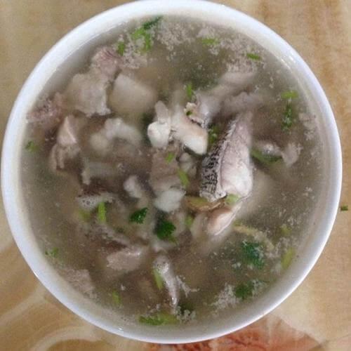 鱼片香菜汤
