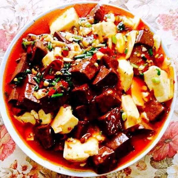 辣味红白豆腐