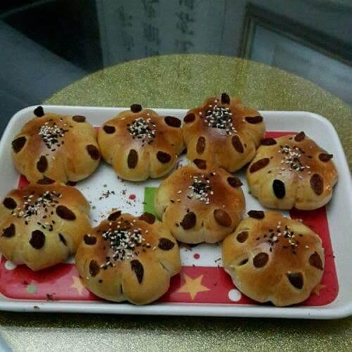 DIY葡萄干葵花小面包
