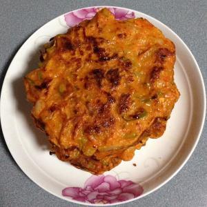 美味的韩式泡菜煎饼