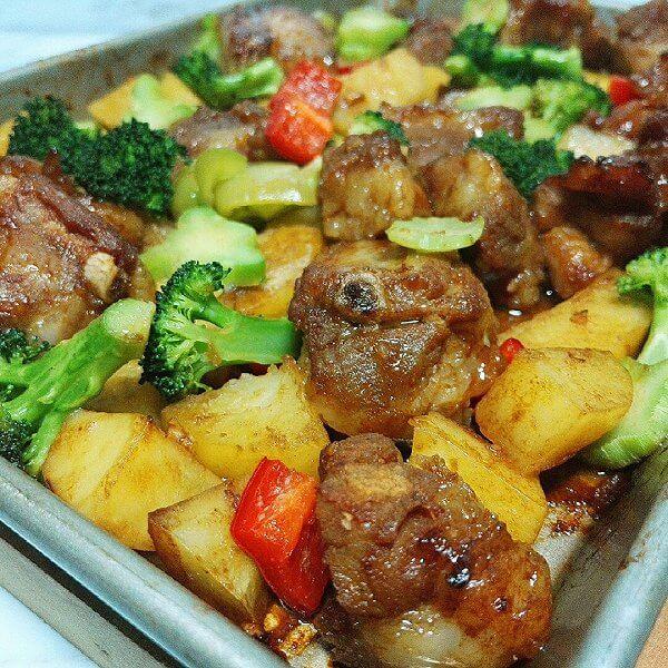 杂蔬焗烤排骨