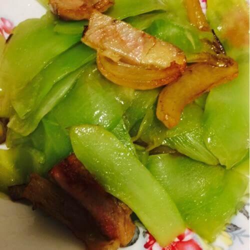 腊肉炒莴苣