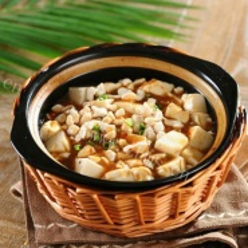 咸鱼鸡粒豆腐煲