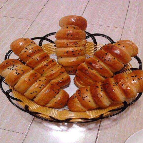 紫薯毛毛虫面包