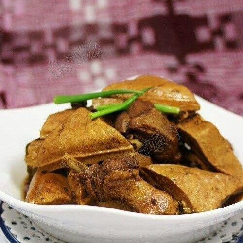 茶香鹅块煮豆干