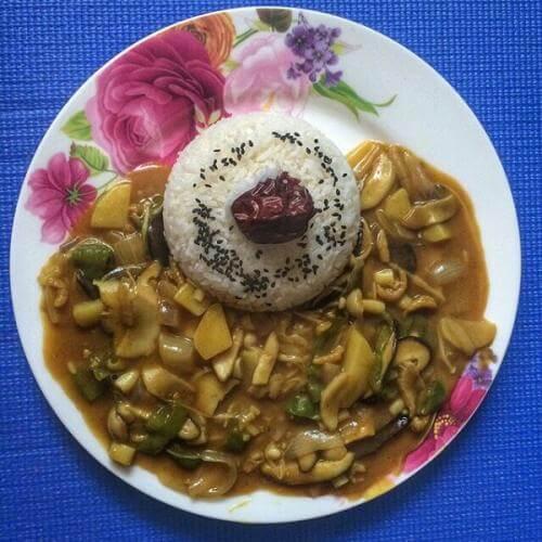 红咖喱杂菇