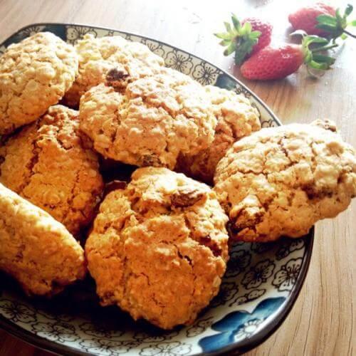 燕麦葡萄干甜饼