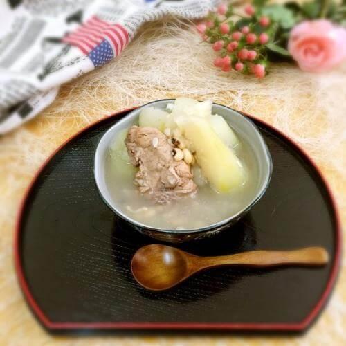 猪骨节瓜汤