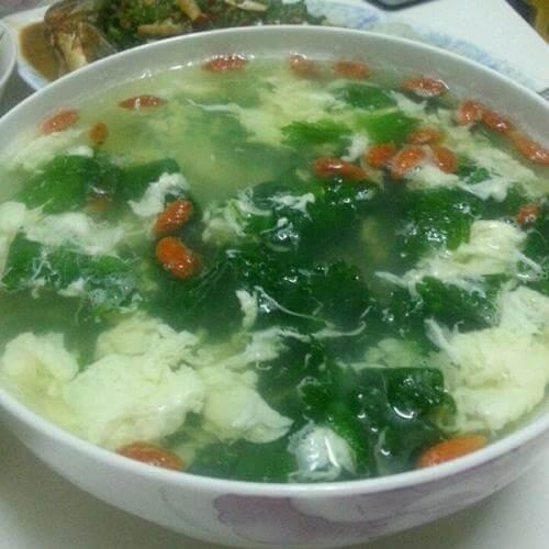 芹菜叶蛋花汤