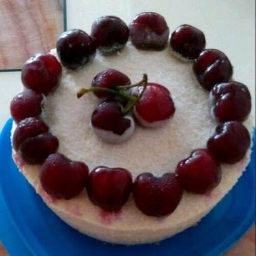 小雪缎带樱桃慕斯蛋糕