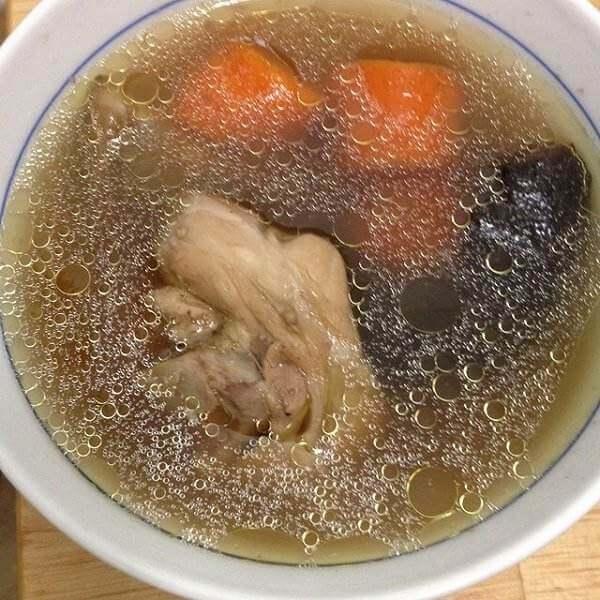 海参鸡肉汤