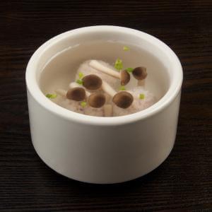 杂骨菌菇汤